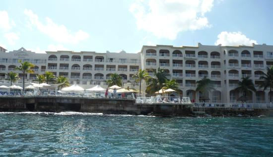 Cozumel Palace: Looking at Resort from water