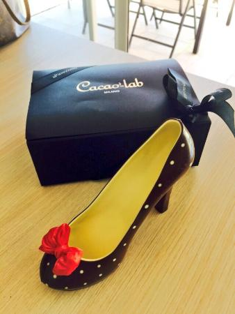 La Rinascente : Chocolate shoe purchase
