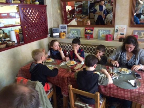 Restaurant La Decouverte: Les enfants ont dévoré leur repas