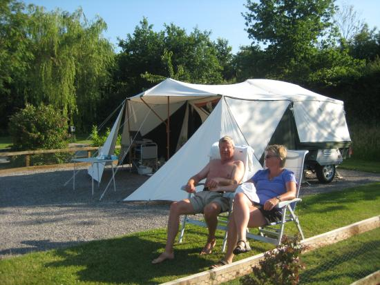 Old Oaks Touring Park Glamping