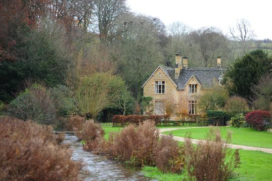 Kooky Cotswold Tours: Lovely cottages in Upper Slaughters