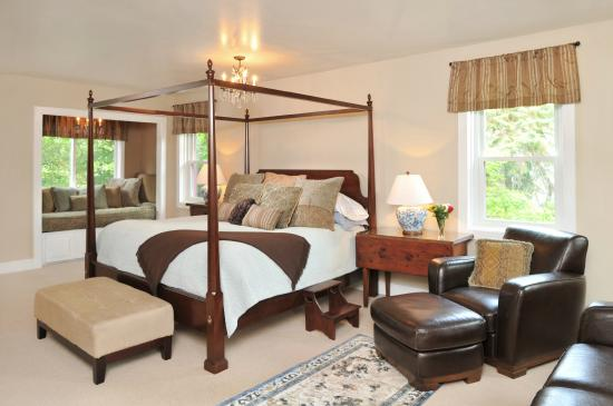 1795 Acorn Inn Bed and Breakfast: Bristol Suite