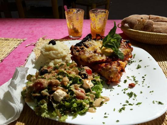 Tara Café