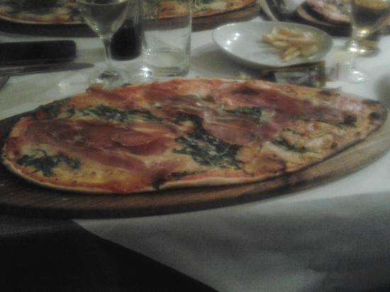pizza - Foto di La Terrazza, Veniano - TripAdvisor