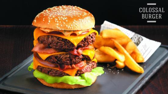 Colossal burger bild von au bureau pub & brasserie boulazac
