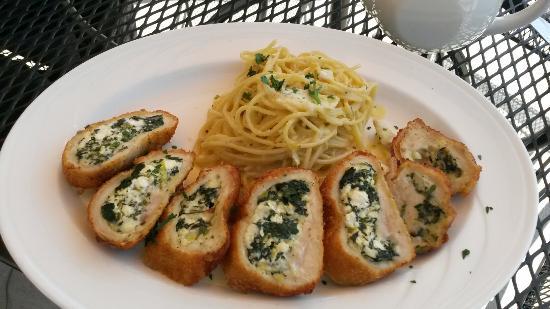 Remezo Greek Cuisine : Rolled  chicken