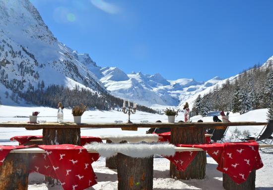 Hotel Roseg Gletscher: Einzigartige Terrasse mit Panoramablick