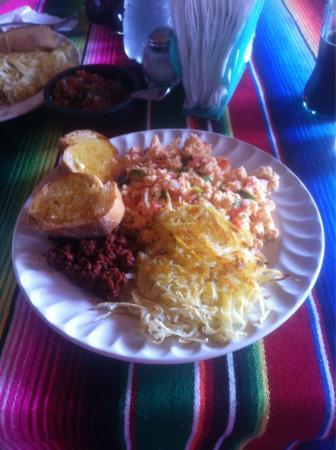 Hinde y Jaime's Bar & Restaurant : Mexican eggs!