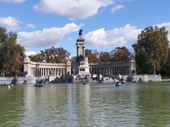 Plano - Picture of Retiro Park (Parque del Retiro), Madrid ...