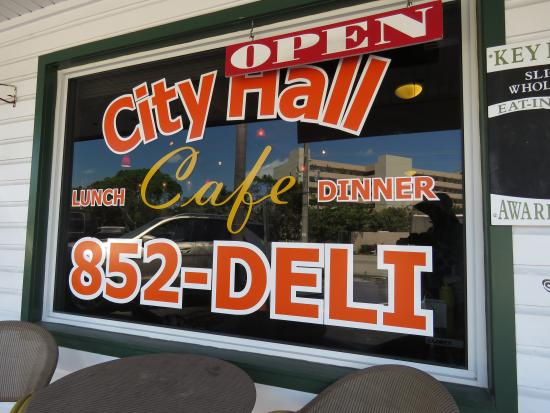 City Hall Cafe & Grille: City Hall Cafe