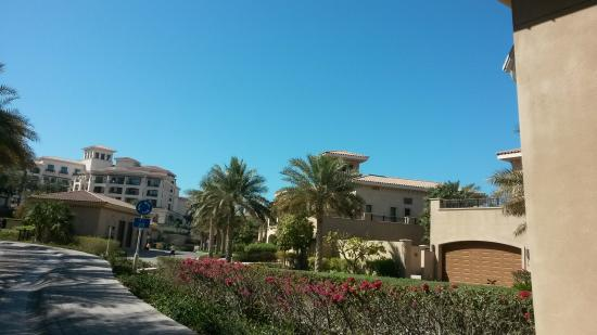 The St. Regis Saadiyat Island Resort: ingresso