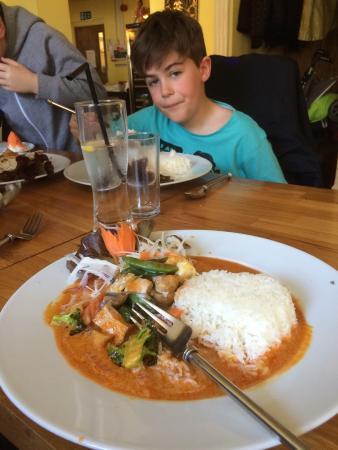 Nadon Thai: Beautiful vegetarian Penang curry