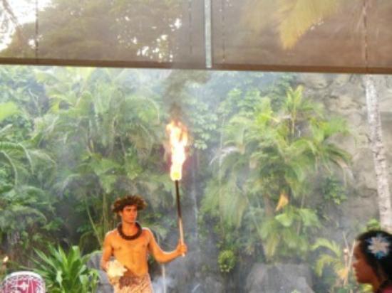 Polynesian Cultural Center: Fire Dancers at luau