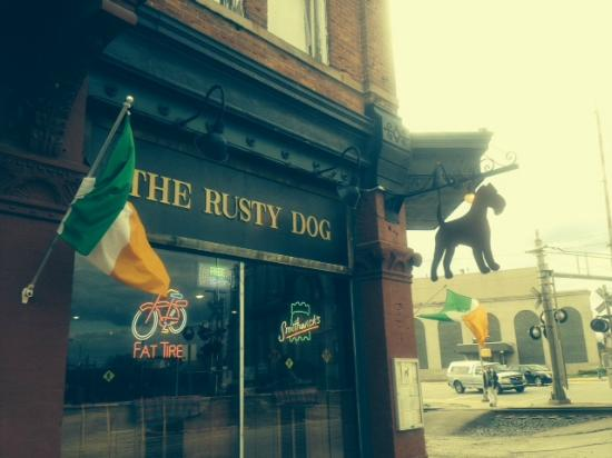 Rusty Dog Irish Pub: The Rusty Dog frontage
