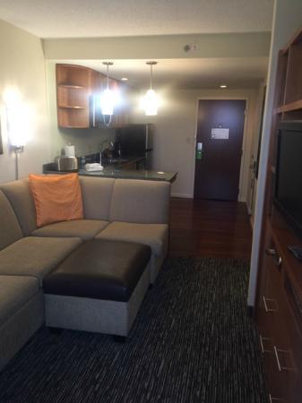 HYATT house Hartford North/Windsor : King Studio Living Room