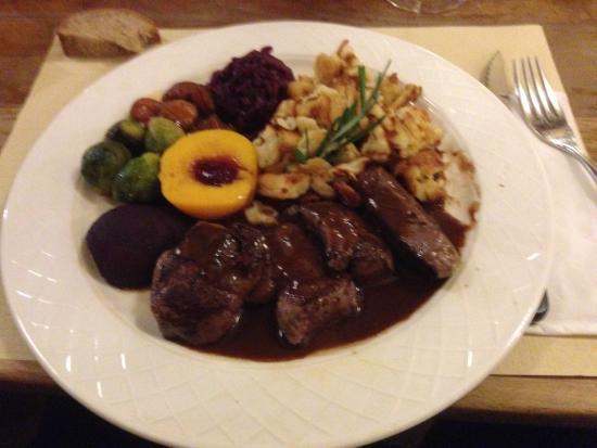 Marly, Schweiz: Assiette de chasse