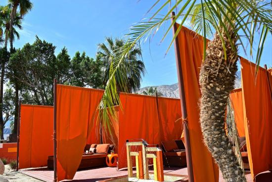 The Monroe Palm Springs : New Cabana Area