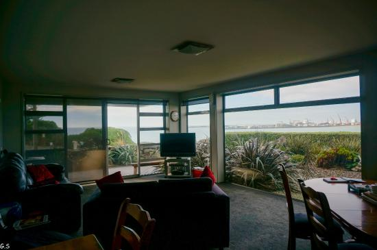Pleasant View Bed & Breakfast Timaru: Dining/ living room area