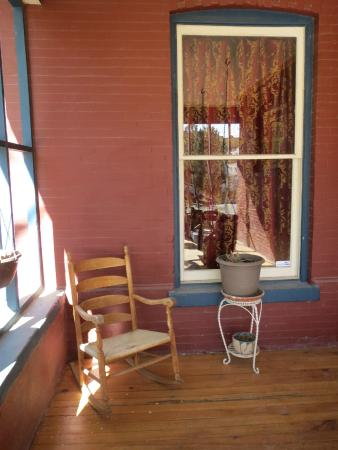 Downtown Historic Bed & Breakfasts of Albuquerque : Welcoming front porch