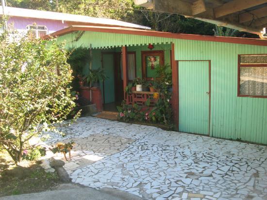 Veronica's Place Cabinas: La recepción