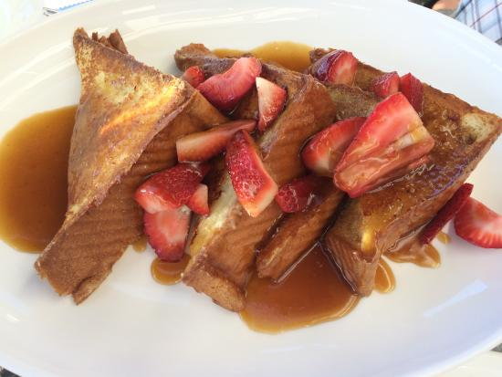 Stillwater Bar & Grill: Creme brulee French Toast.