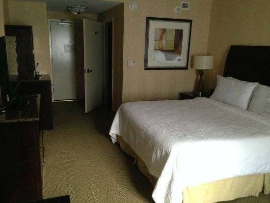 Hilton Garden Inn Washington DC / Bethesda: Room