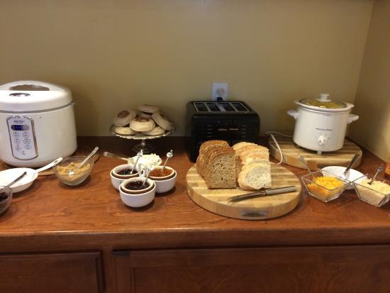 The Rigdon House: Wonderful breakfast