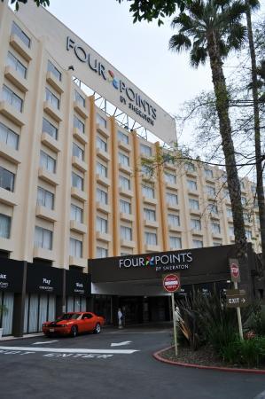 Four Points by Sheraton Los Angeles International Airport: Вид отеля