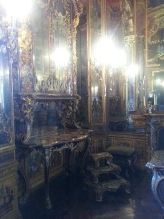 Appartamento della regina all 39 interno del palazzo reale for Appartamento venaria