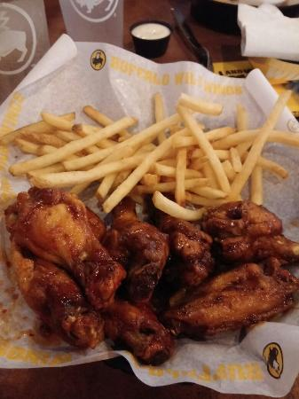 The 15 Best Places for Hot Wings in Chattanooga. Created by Foursquare Lists • Published On: November 21, Share. Tweet. 1. Publix. Snow Hill Rd Ste , Ooltewah, TN. Grocery Store · Ooltewah - Summit · 14 tips and reviews. Carolyn Chastain: Love this place. Always good ideas for fast easy dinners, they have great deli, love.