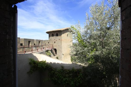 Les Logis des Remparts : View from our window