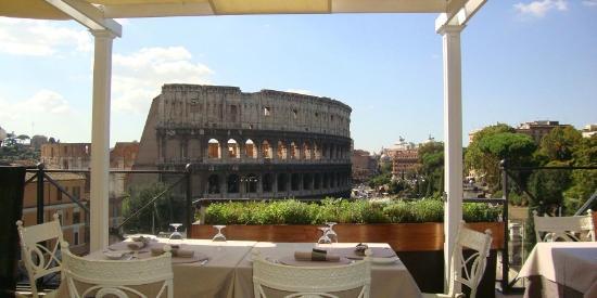 Palazzo Manfredi - Relais & Chateaux: Vista do Coliseu