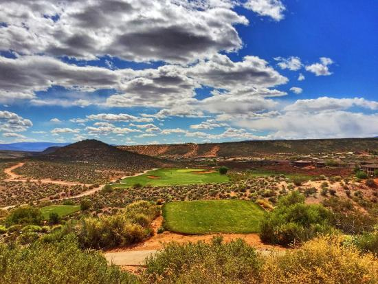 Coral Canyon Golf Club: #10
