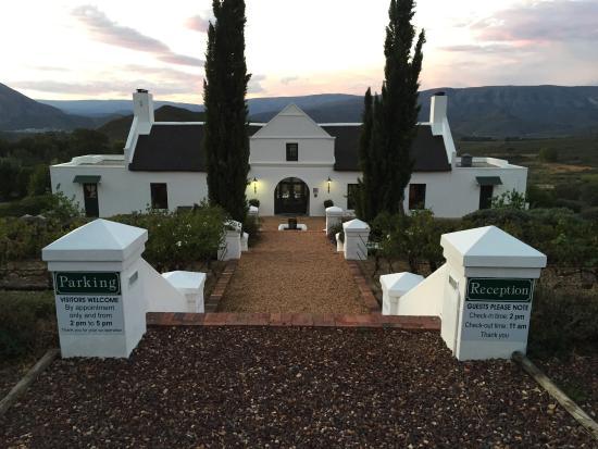 Galenia Estate: Reception Area
