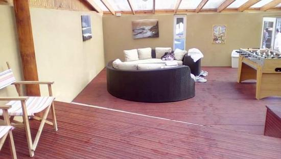 Springburn Lodge: seating area in pool house