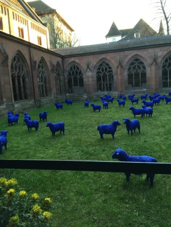 """Basel Minster: In the cloister, the """"Blue Sheep"""" modern art exhibition"""