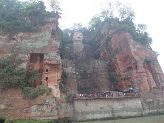 Leshan, Çin: sitzender Buddha