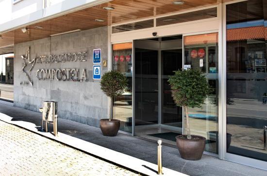 Hotel balneario de compostela brion spagna prezzi 2018 for Piscina brion