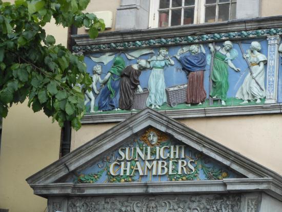 Sunlight Chambers