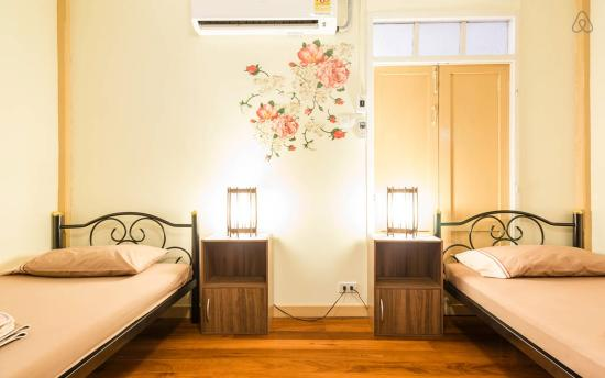 FAB Hostel Bangkok: Twin Room with air-con