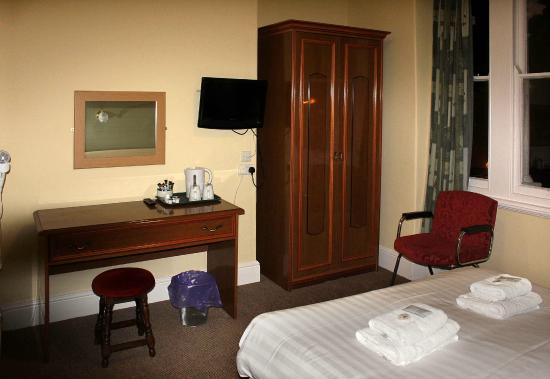 Chatsworth House Hotel : Room 272 - booked as single