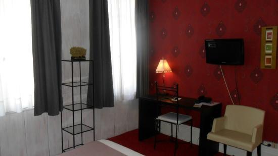 Hotel Maine: chambre