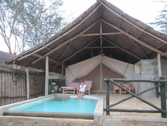 Photo0 Of Manyatta C Voi Tripadvisor. Manyatta C Genieten In Zwembadje Met Zicht Op Het Wildpark. Wiring. Diagram Of A House A Manyatta At Scoala.co