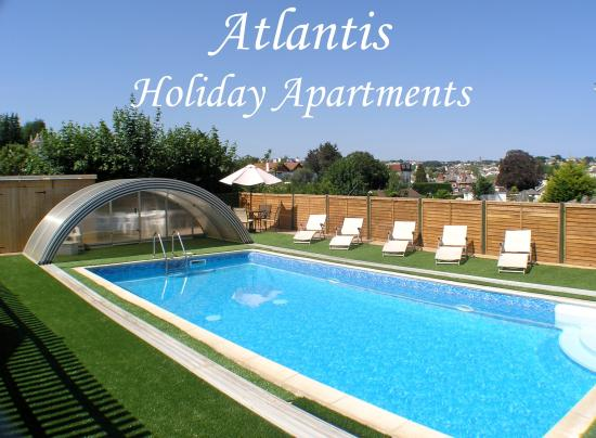 Atlantis Holiday Apartments: Pool available daily all year
