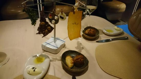 The Press Club : Food and wine