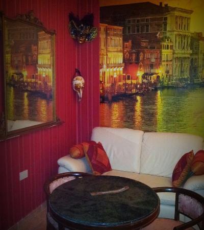 La Corte dei Samidagi: Camera venezia2
