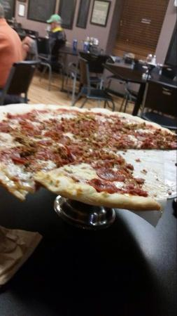 Screaming Mimi's Pizza: Meat lover's pizza