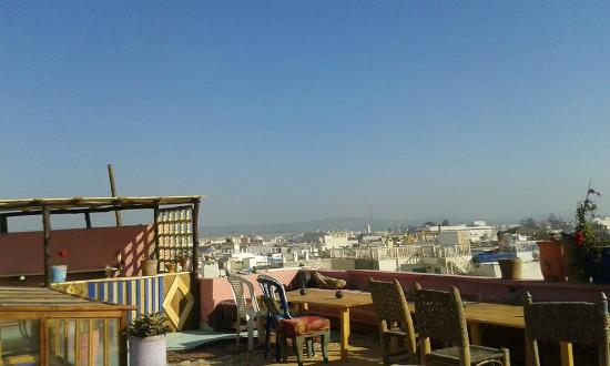 Atlantic Hostel: Vista de la terraza