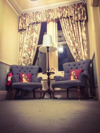 Corridor seating