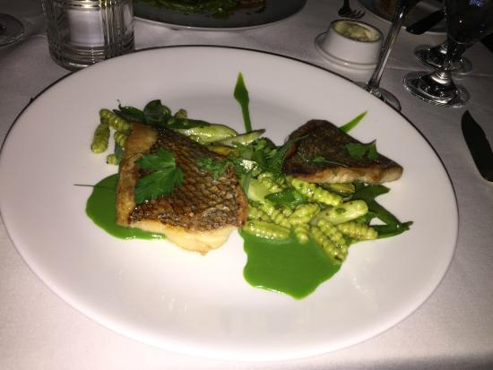 The Bernards Inn: Crispy Black Bass